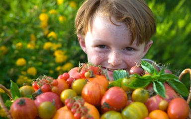 children-eat-vegetable