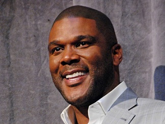 Tyler-Perry-To-The-Rescue-Of-Burned-Out-Family