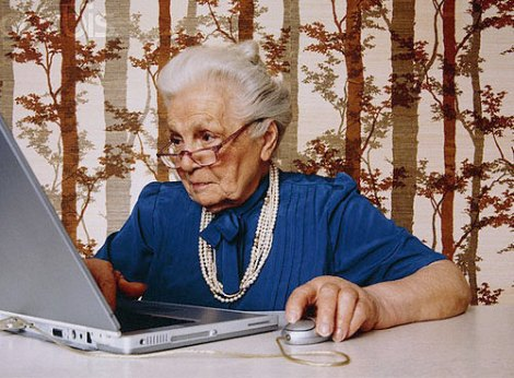 older-woman-using-laptop