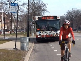 chicago-video-bikes-bus-share-road-image2