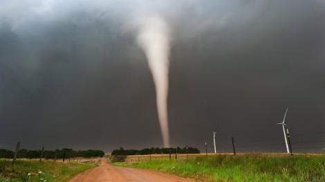 1681094-poster-1280-avetec-tornado